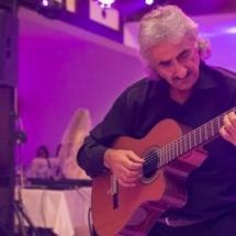 Muzică live -Ticu Serban